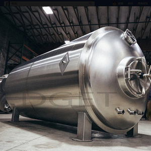 2000L Stainless Steel Beer Brewing Equipment Horizontal Lagering Tanks in Brewery